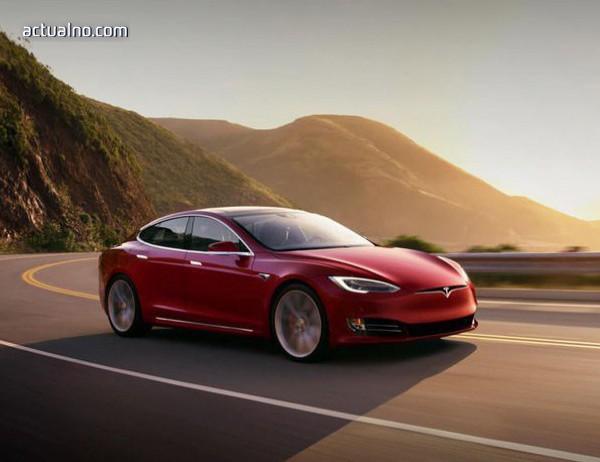 photo of Tesla може автоматично да известява пътна помощ при авария