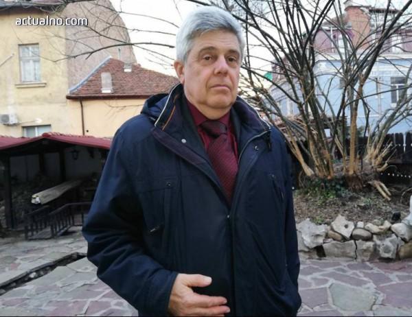 photo of Доц. Юлиян Станчев: Проблеми притискат българското пчеларство отвсякъде