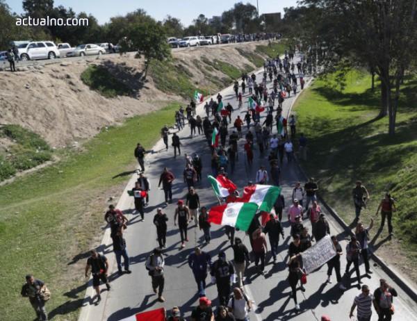photo of Протест на границата с Мексико в подкрепа на стената на Тръмп
