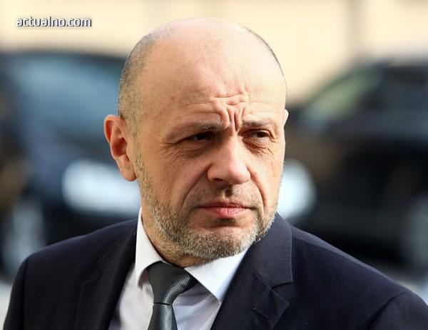 photo of Дончев: Хибридна атака от страна на Русия по време на изборите е възможна