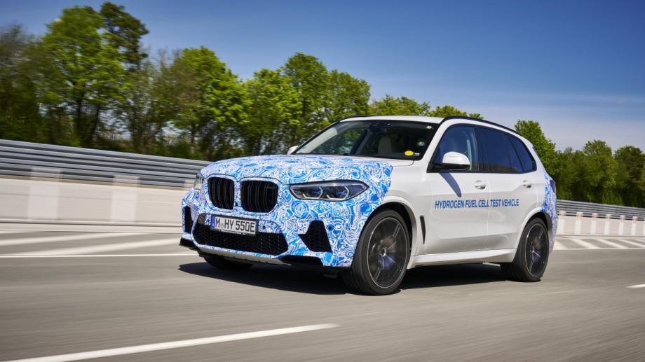 BMW Group стартира тестове на автомобили, задвижвани чрез водородна горивна