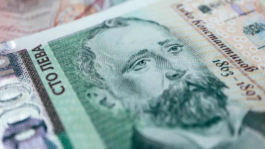 Размерът на депозитите в българската банкова система не спира да